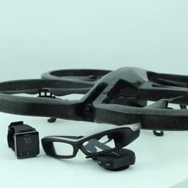 Dron sterowany SmartWatchem i podgląd z inteligentnych okularów