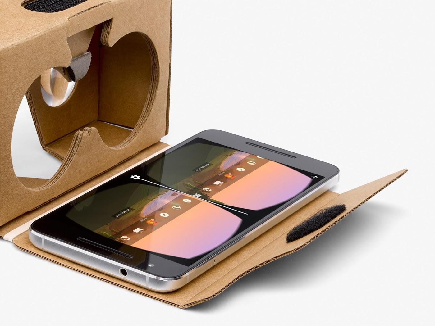 Cardboard smartfon