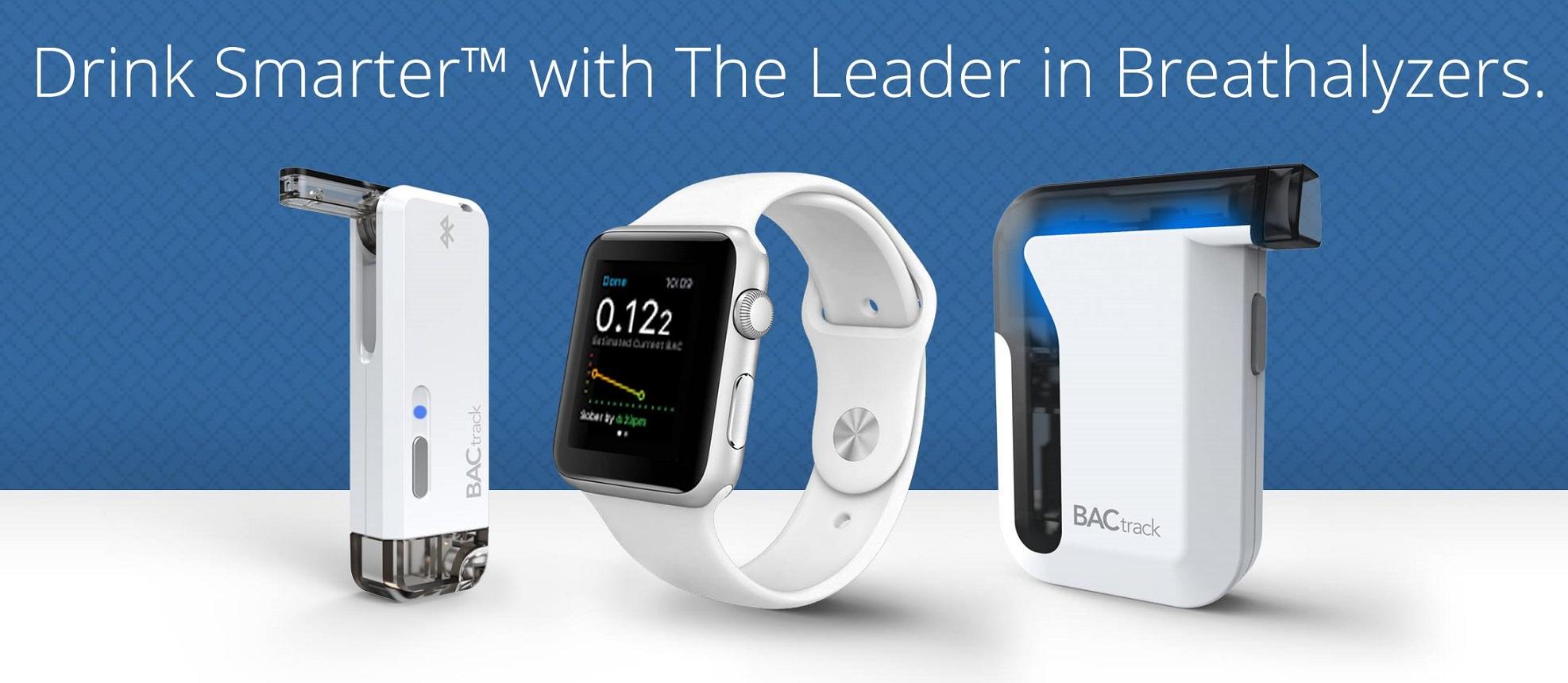 BACtrack oferuje kilka inteligentnych alkomatów. Jest nawet łączność z Apple Watchem. Ubieralny Skyn mierzy poziom alkoholu przez krew (reszta bardziej tradycyjnie, czyli z wydychanego powietrza).