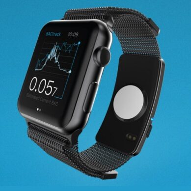 BACtrack Skyn Apple Watch