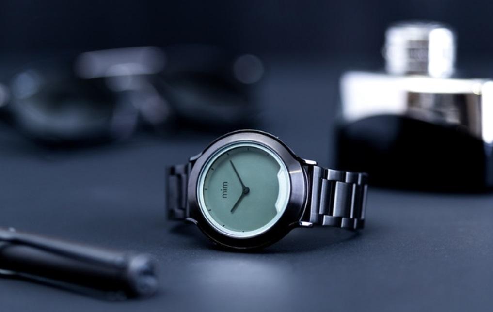 mim X watch