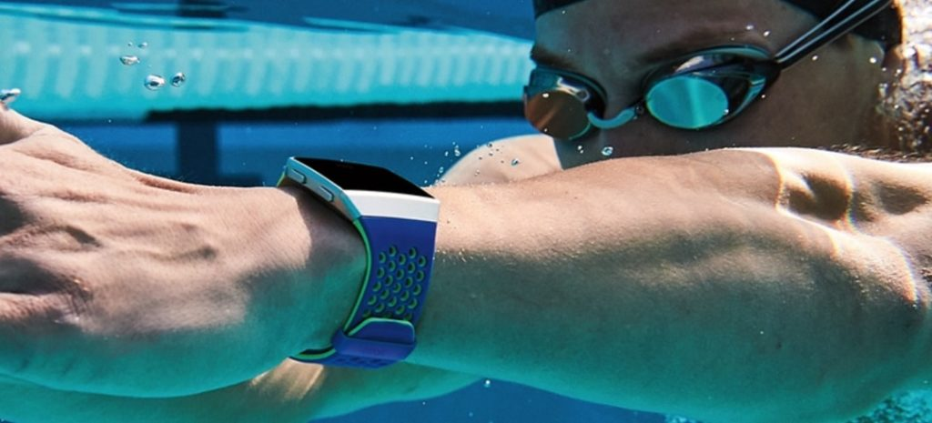 Fitbit Ionic pływanie