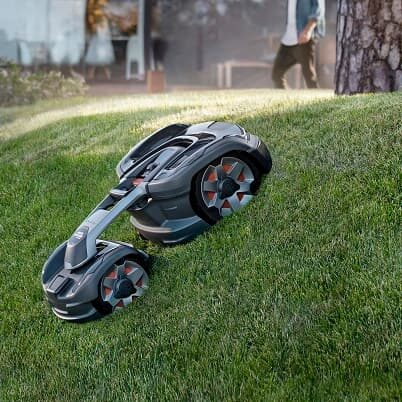 Husqvarna 435X AWD – Alexa, skoś trawnik!