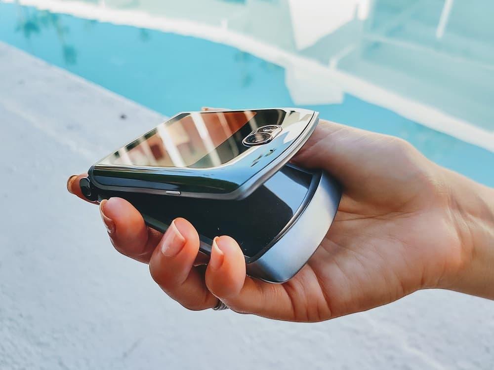 Motorola Razr 5G składany smartfon