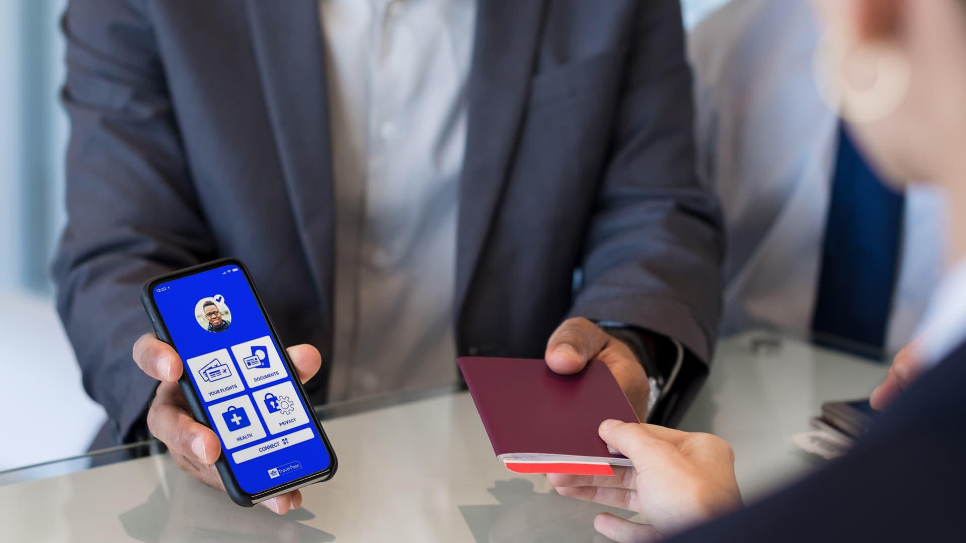 IATA Travel Pass aplikacja cyfrowy paszport zdrowia