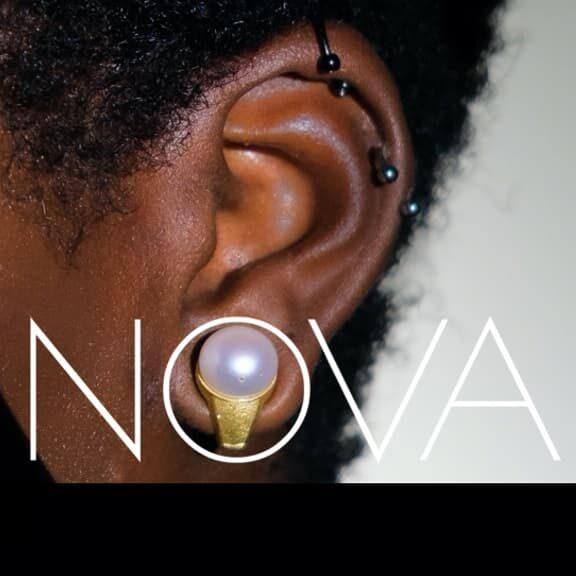 Nova H1 – kolczyki słuchawkami