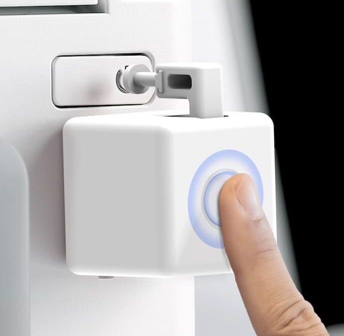 Fingerbot Plus – nietypowy smart włącznik