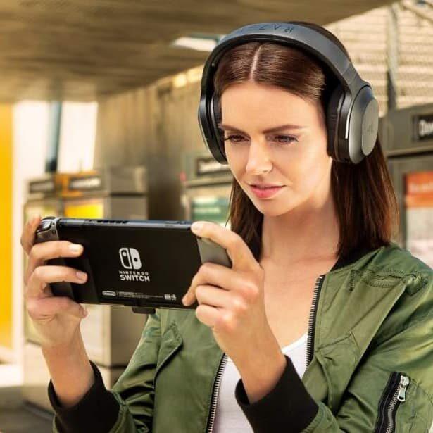 Uniwersalne słuchawki gamingowe Razer Barracuda X