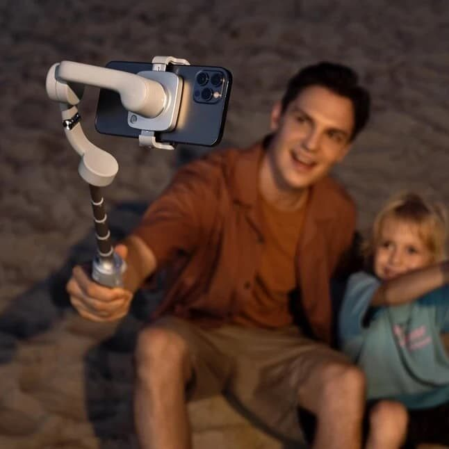 DJI OM 5 – ręczny gimbal + kijek selfie