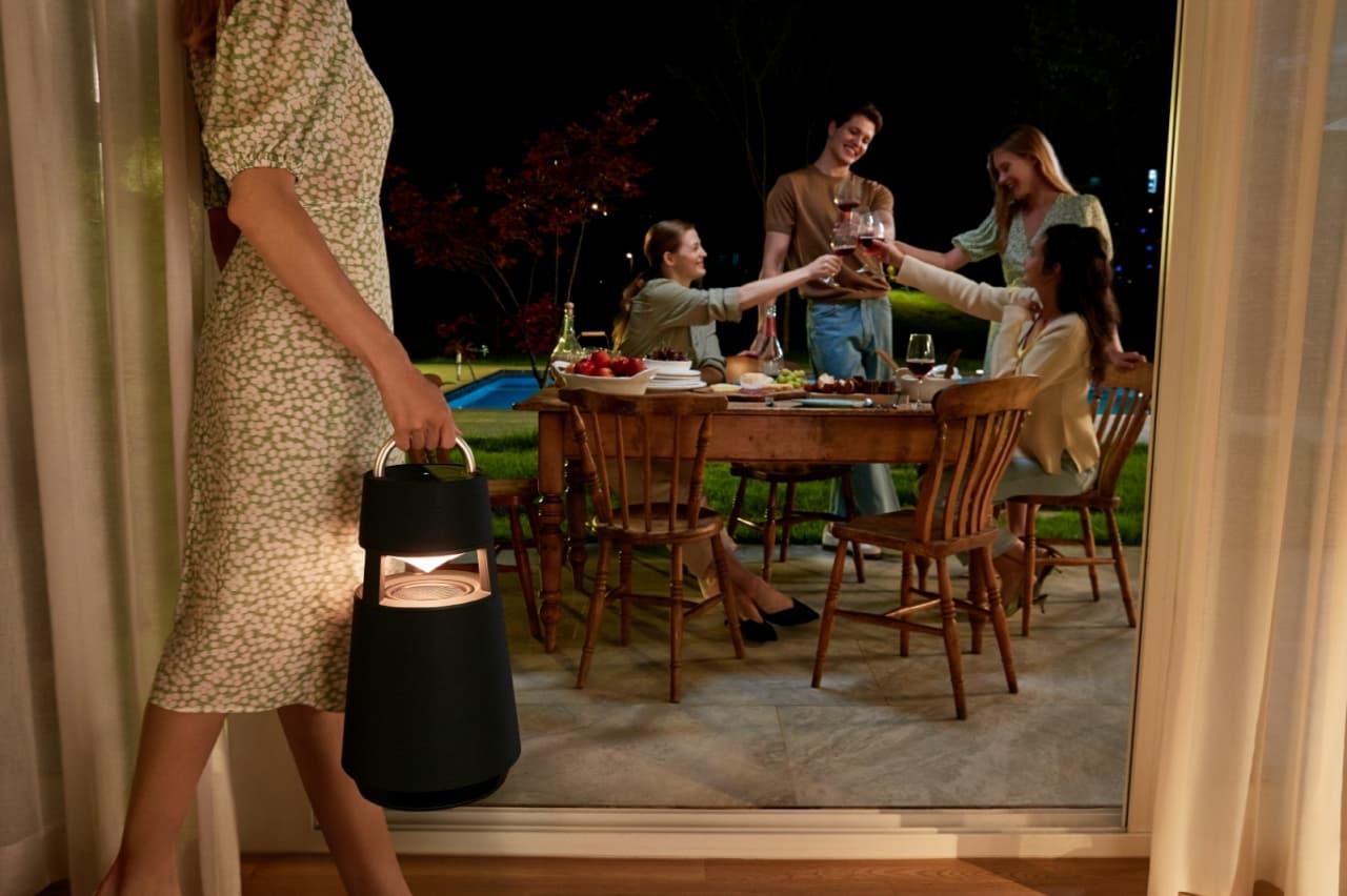 głośnik Bluetooth z lampą LG XBOOM 360 RP4