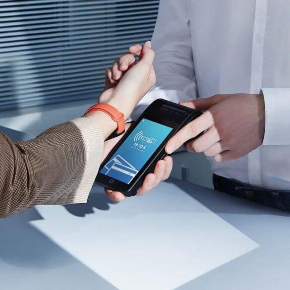 Xiaomi Mi Band 6 NFC płatności zbliżeniowe Mastercard